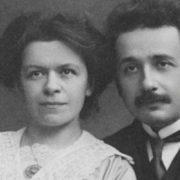 من هي زوجة أينشتاين التي ساعدته في أبحاثه فأنكرها وخانها وتركها تموت مفلسة؟