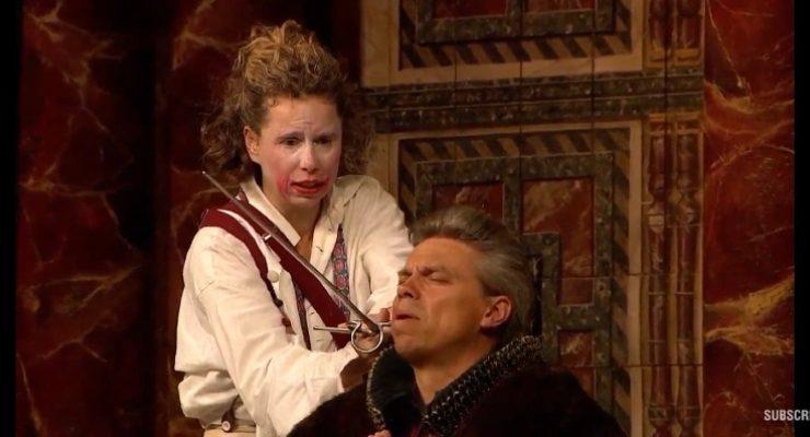 الحظر يحول هاملت لفتاة ................................ على مسرح شكسبير!