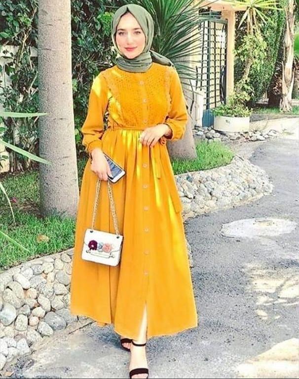 فساتين للمحجبات ملونة باللون الأصفر