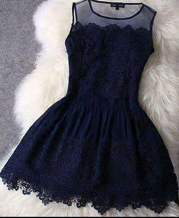 فستان فخم كحلي
