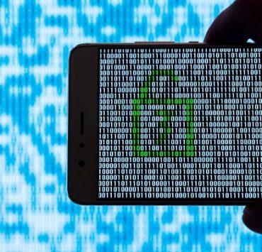 حماية الهاتف من الاختراق ... ما يجب فعله وما يجب تجنبه لحماية هاتفك وبياناتك الحساسة