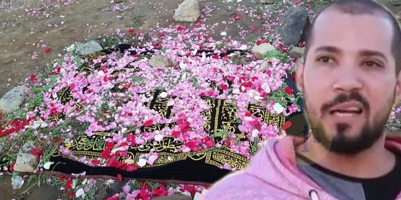 عبدالله رشدي وقبر والدة النبي