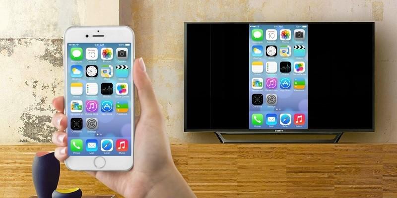 توصيل هاتف ايفون بالتليفزيون ... الطرق السلكية أو اللاسلكية لتوصيل هاتفك بشاشة كبيرة
