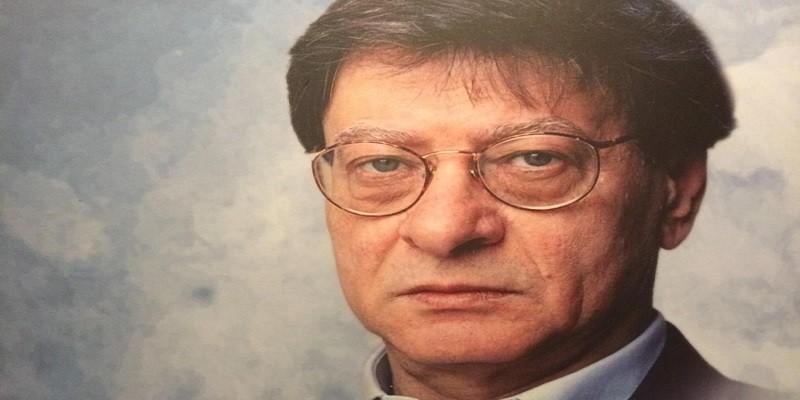 الشاعر محمود درويش