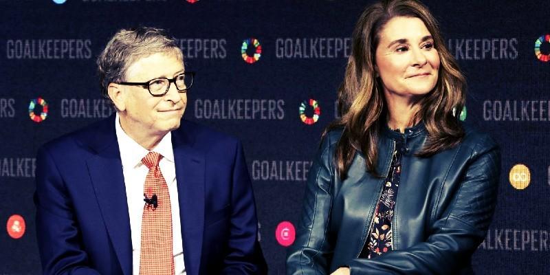 علاقة جنسية داخل العمل سبب تنحي بيل جيتس عن مايكروسوفت وطلاقه معا