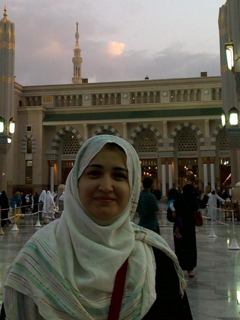نشوى الراعي في المسجد النبوي