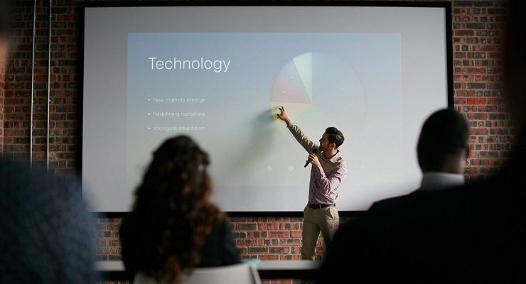 كيفية إضافة علامة مائية في PowerPoint بخطوات بسيطة وموضحة بالتفصيل