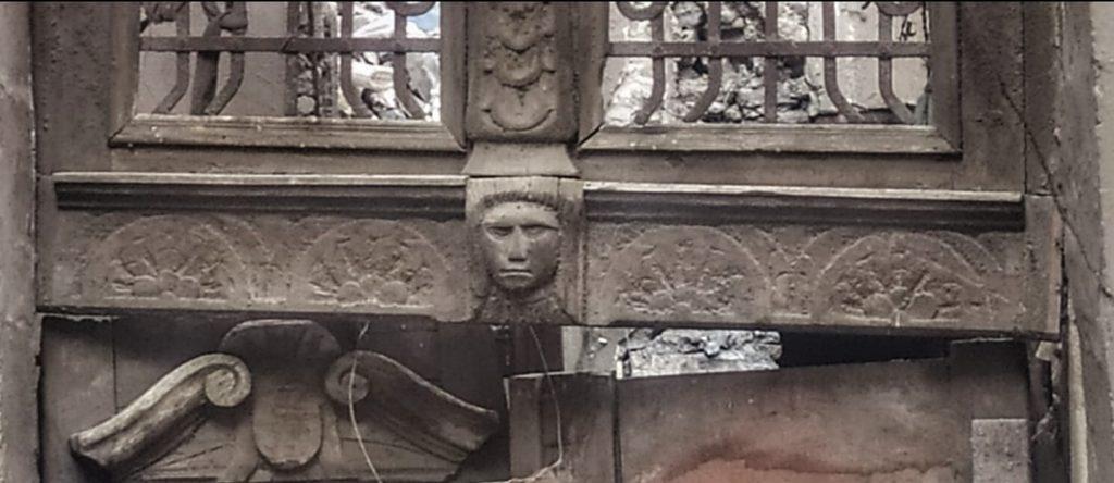 باب أحد بيوت زقاق الدرديري بعطفة عزب - الباطنية