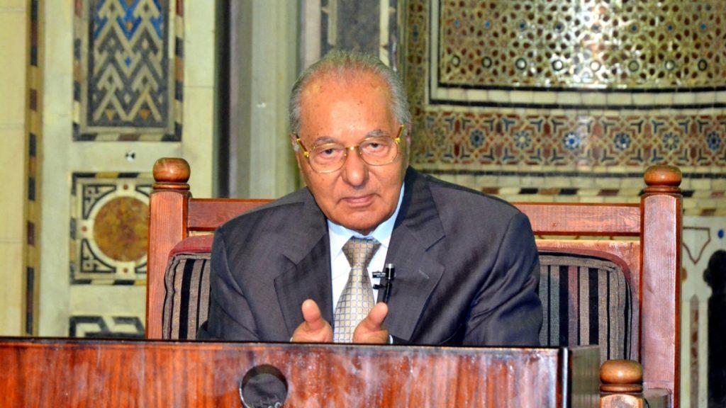 محمود حمدي زقزوق