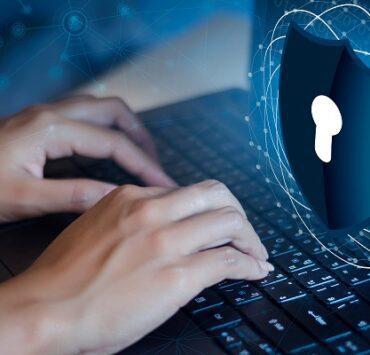 لا تجعله فريسة سهلة ... دليل حماية الكمبيوتر من الاختراق والفيروسات